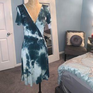Tie-Dye V-neck Dress